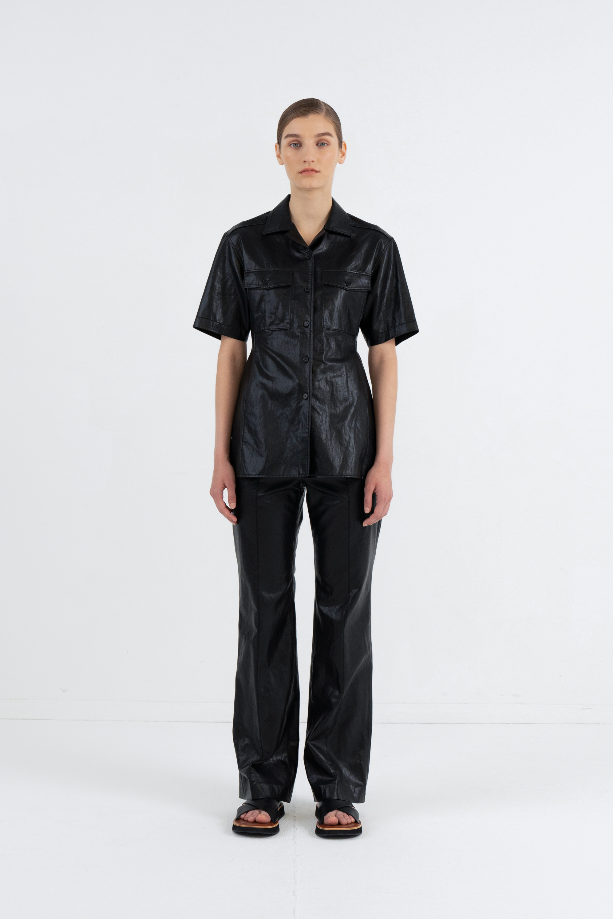 HALF SLEEVE LEATHER POCKET SHIRTS_BLACK